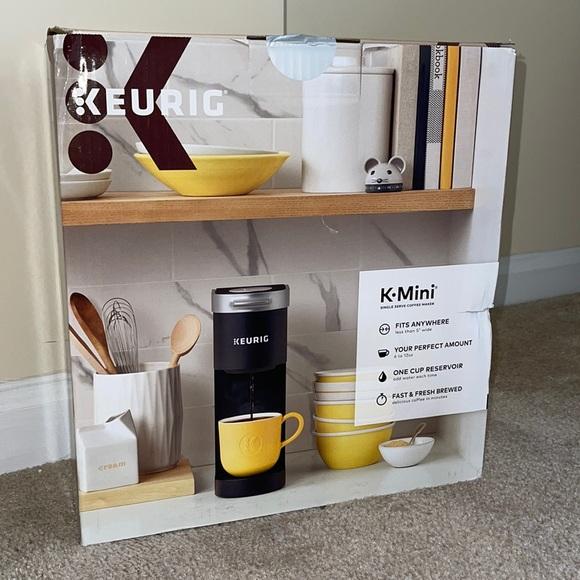 K-MINI KEURIG, brand NEW still in box!☺️☕️